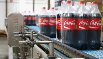 Производство Coca-Cola